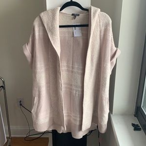 NWT Intermix light pink short sleeve hoodie cape